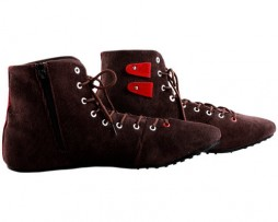 Corduroy Brown High Rise With Red Contrast Shoes
